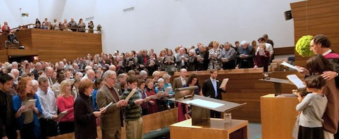 First Unitarian Church of Dallas Sanctuary(Photo from www.dallasuu.org)