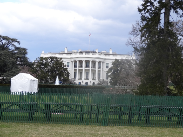 White House ready for Easter